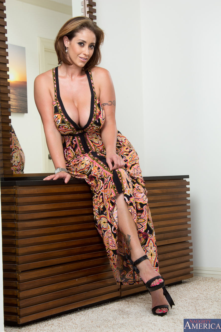 Eva Notty - My Friend's Hot Mom 2054