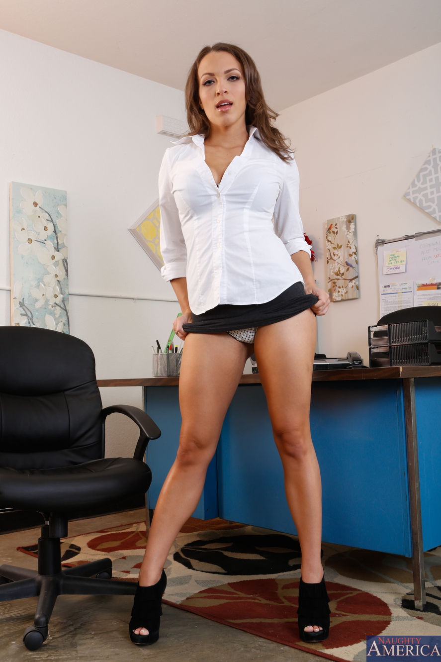 Hot milf tiffany office break pussy play 7