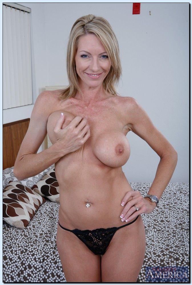 My friends hot mom mrs star