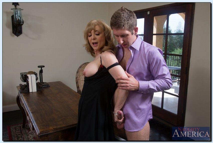 Casey calvert gets anal rx from doctor amp his big dock helper - 1 part 10
