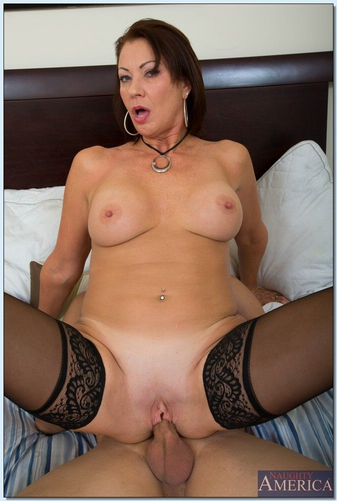 my friends hot mom sexy vanessa