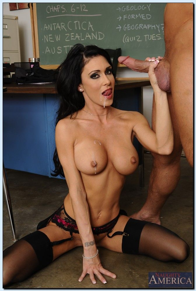 Kelly madison black lingerie fucking and facial - 1 6
