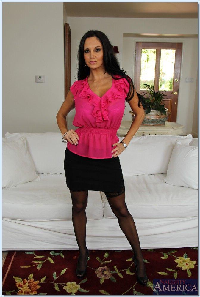 Sara Jay Seduced By A Cougar Porno Vidoe's | Pornhub.com