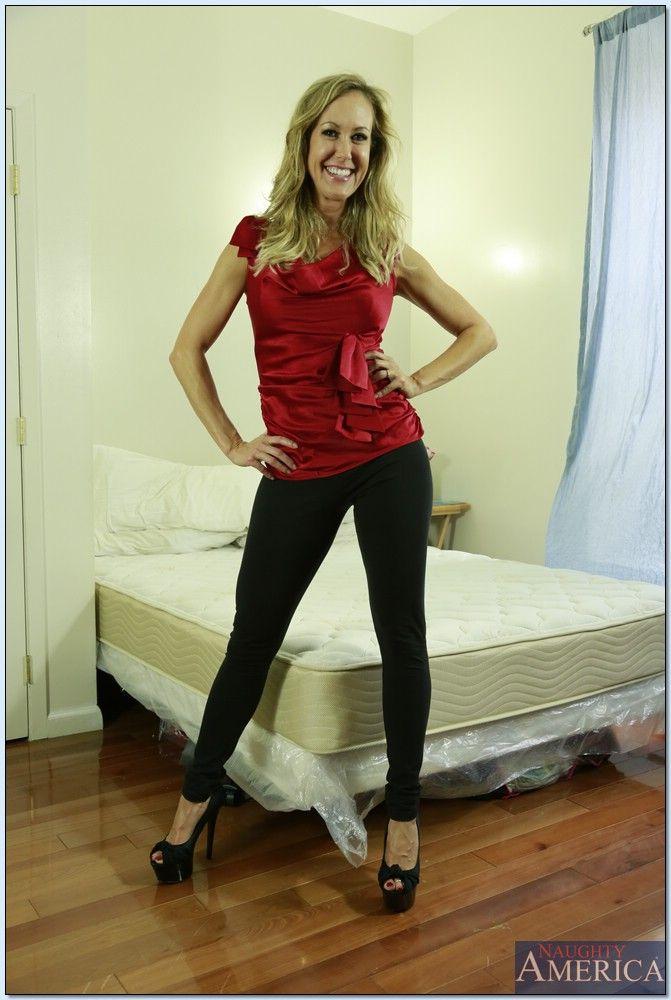 Sexy Lori Loughlin