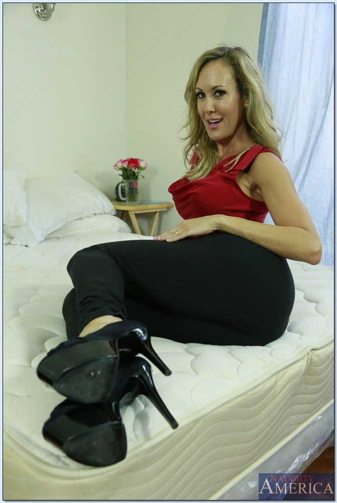 Brandi Love - My Friends Hot Mom 2637