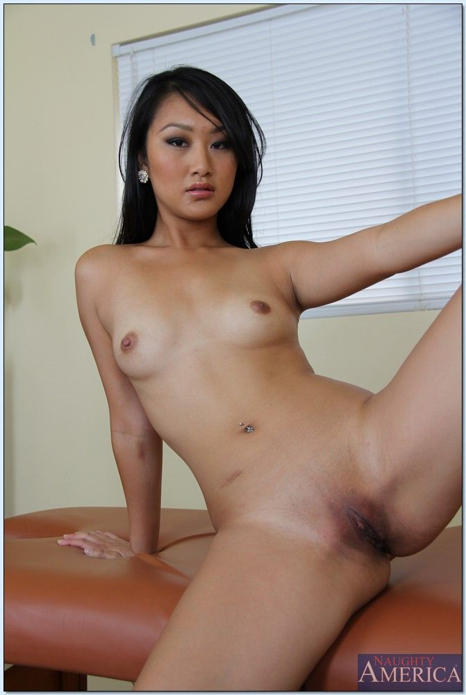 evelyn-lin-hairy-naked-uzbeknude-girls