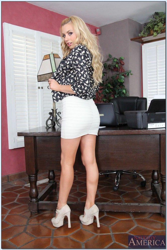 Elsa jean naughty office hd openload