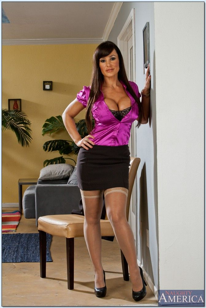 Lisa Ann Seduced By A Cougar