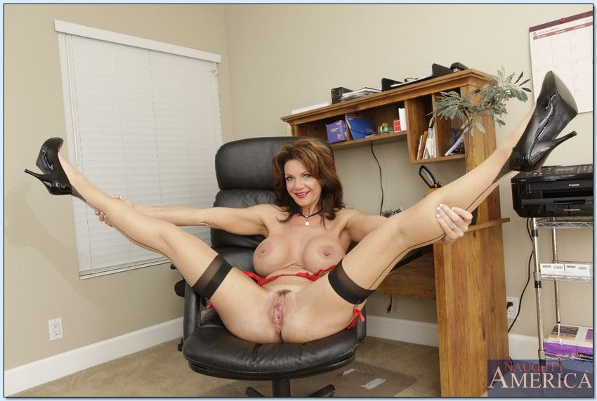 Fake step mom deauxma dreams about my cock