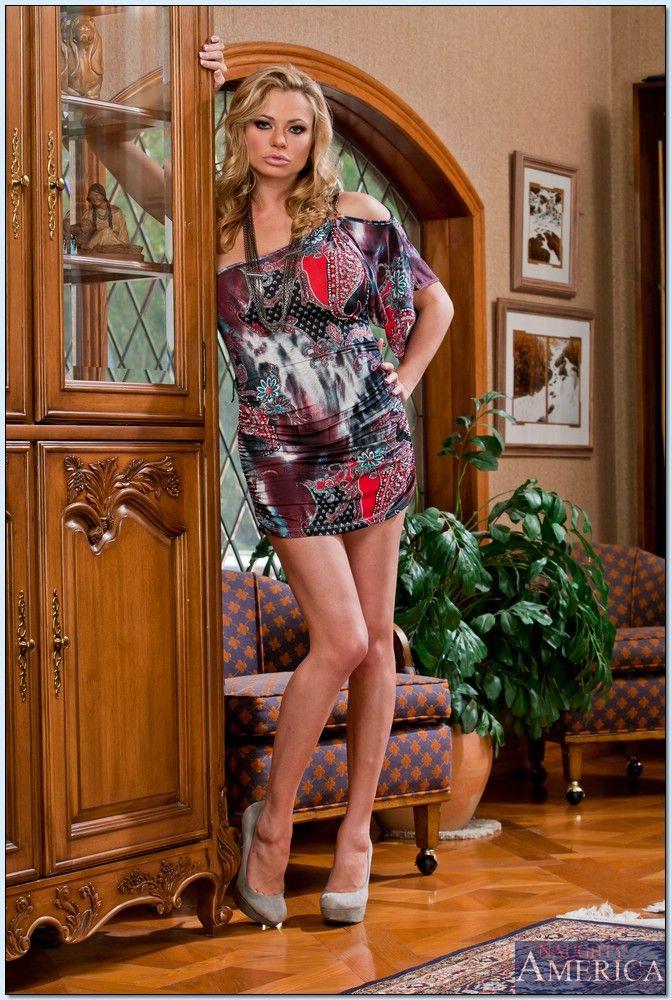 Briana Banks Seduced A Cougar