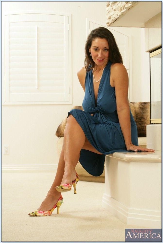 Gianna dior charles dera branching out babes - 5 7