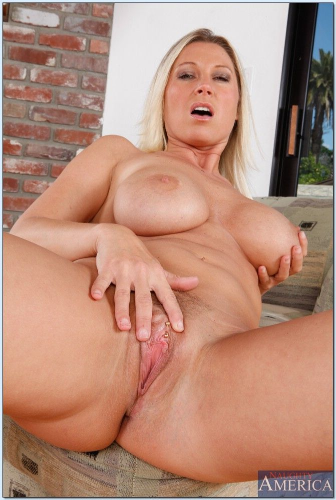hot mom devon lee