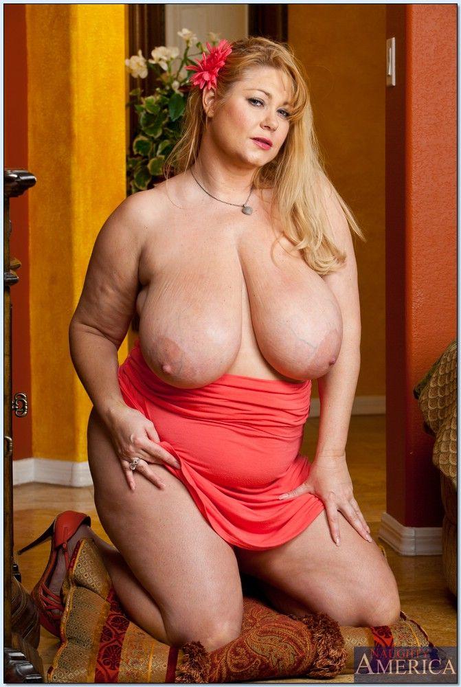 фото дам с большой грудью