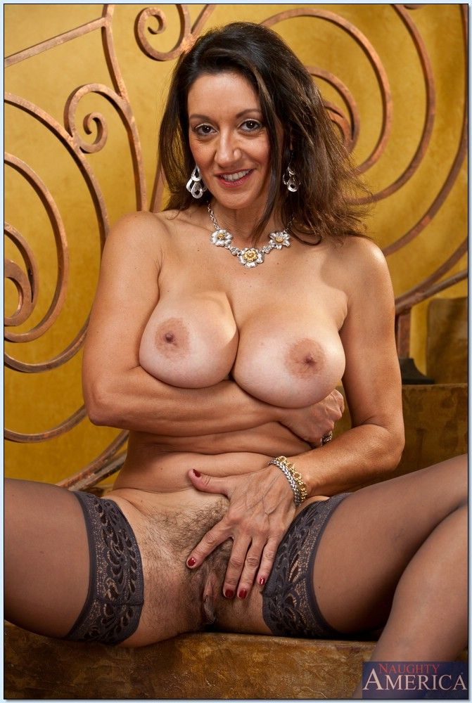 persia monir hot mom