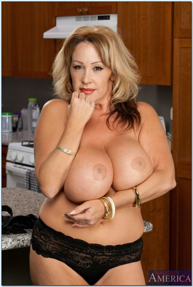 kandi kox my friends hot mom