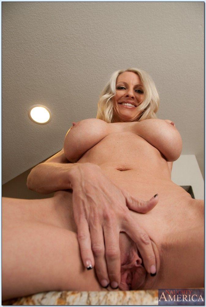 Cherokee d ass vagina