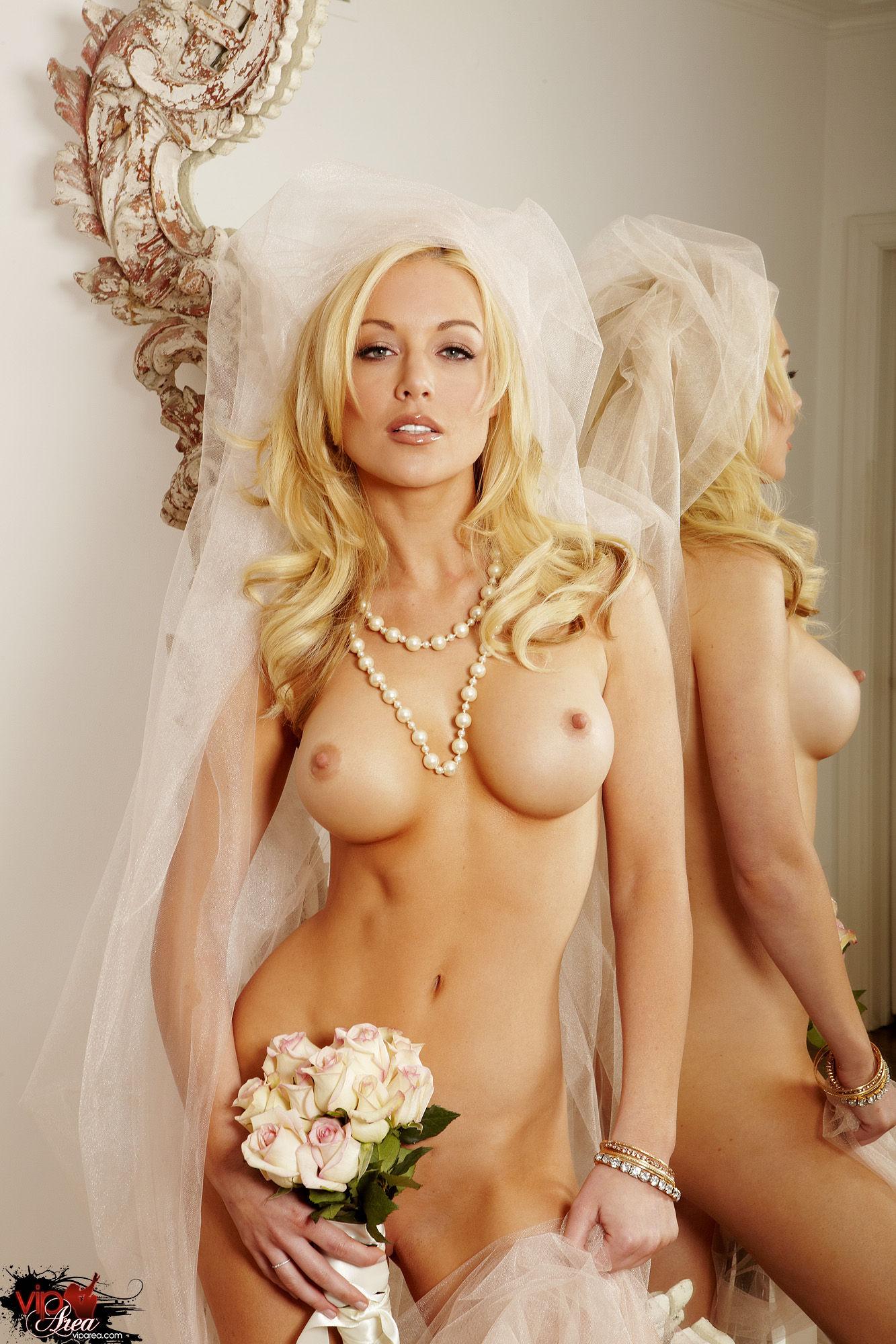 Фото обнаженная невеста