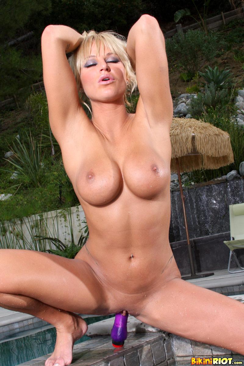 Brooke belle anal
