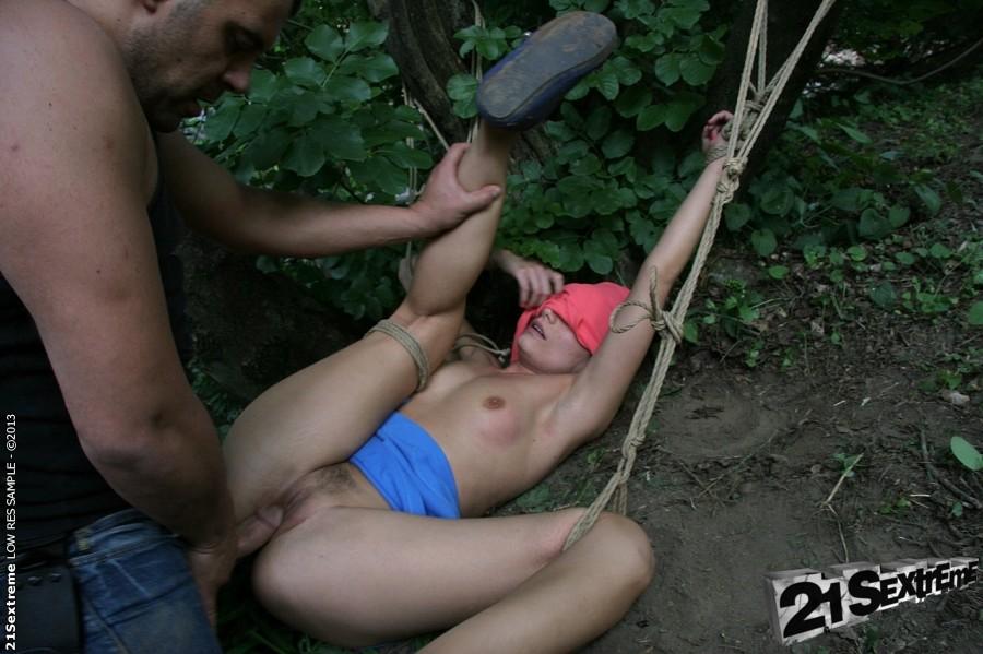 голый поймал трахнул после