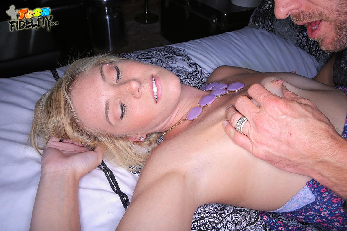 New Sex Images Paizley adams double penetration