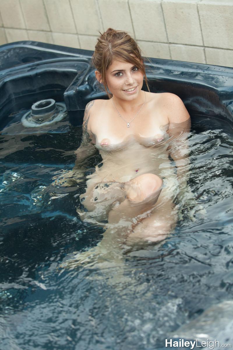 Hot Tub Girls Naked