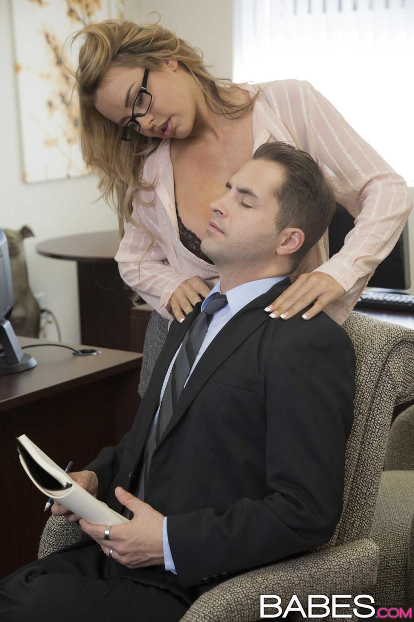 Секретарши и начальницы ххх фото