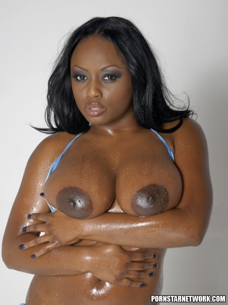 Smokin Hot Ebony Beauty Jada Fire Lubes Up Her Big Tits 55067-7221