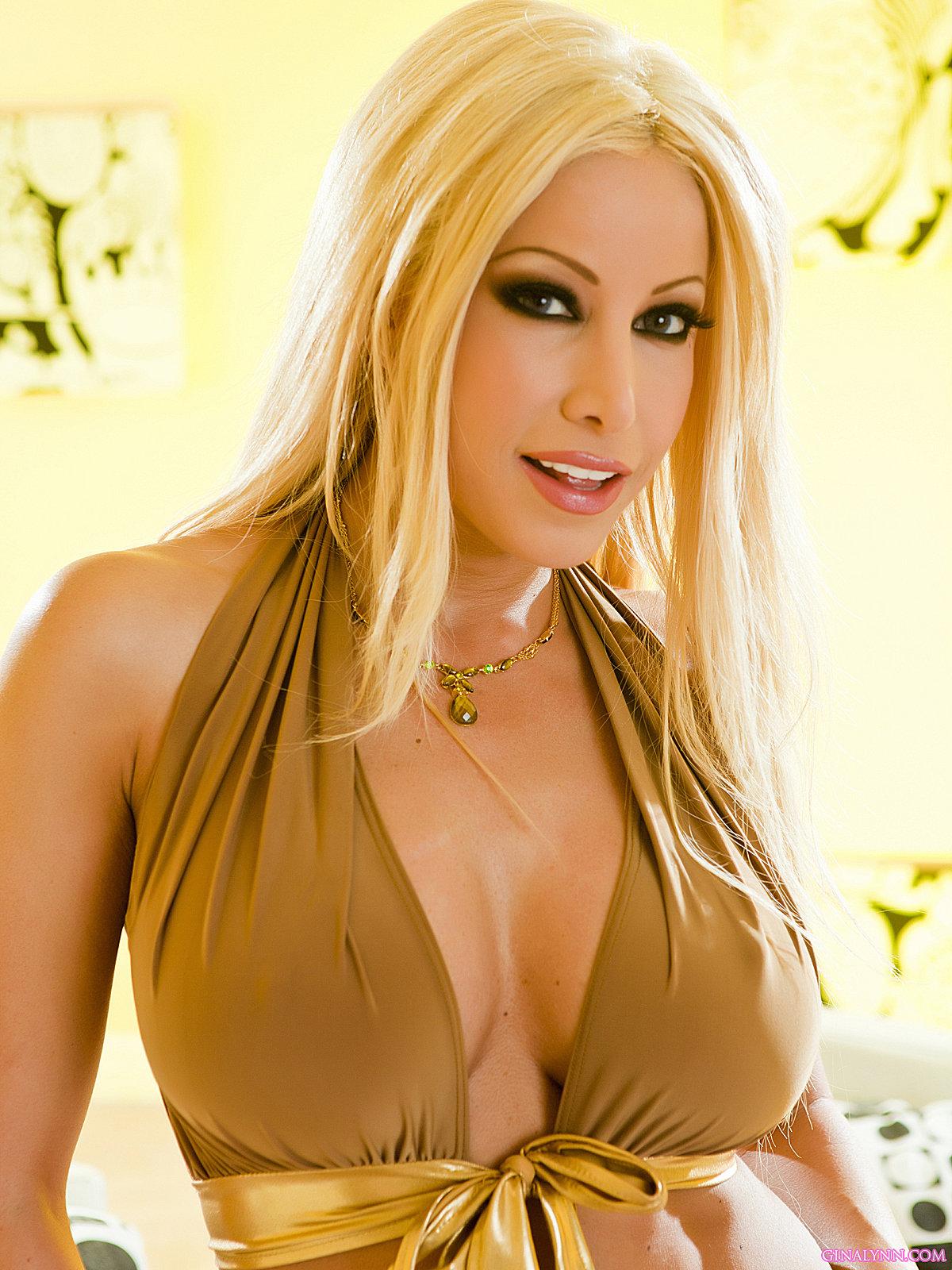 Latina MILF pornstar Gina Lynn fits a massive dick in her pussy  76632