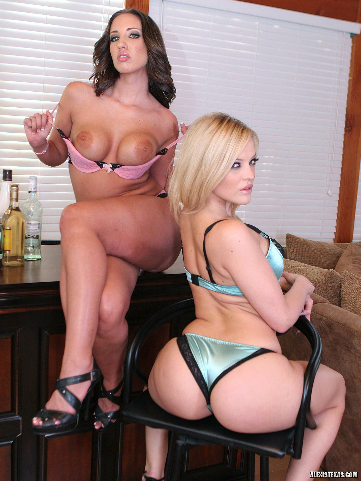 Kelly divine and alexis texas