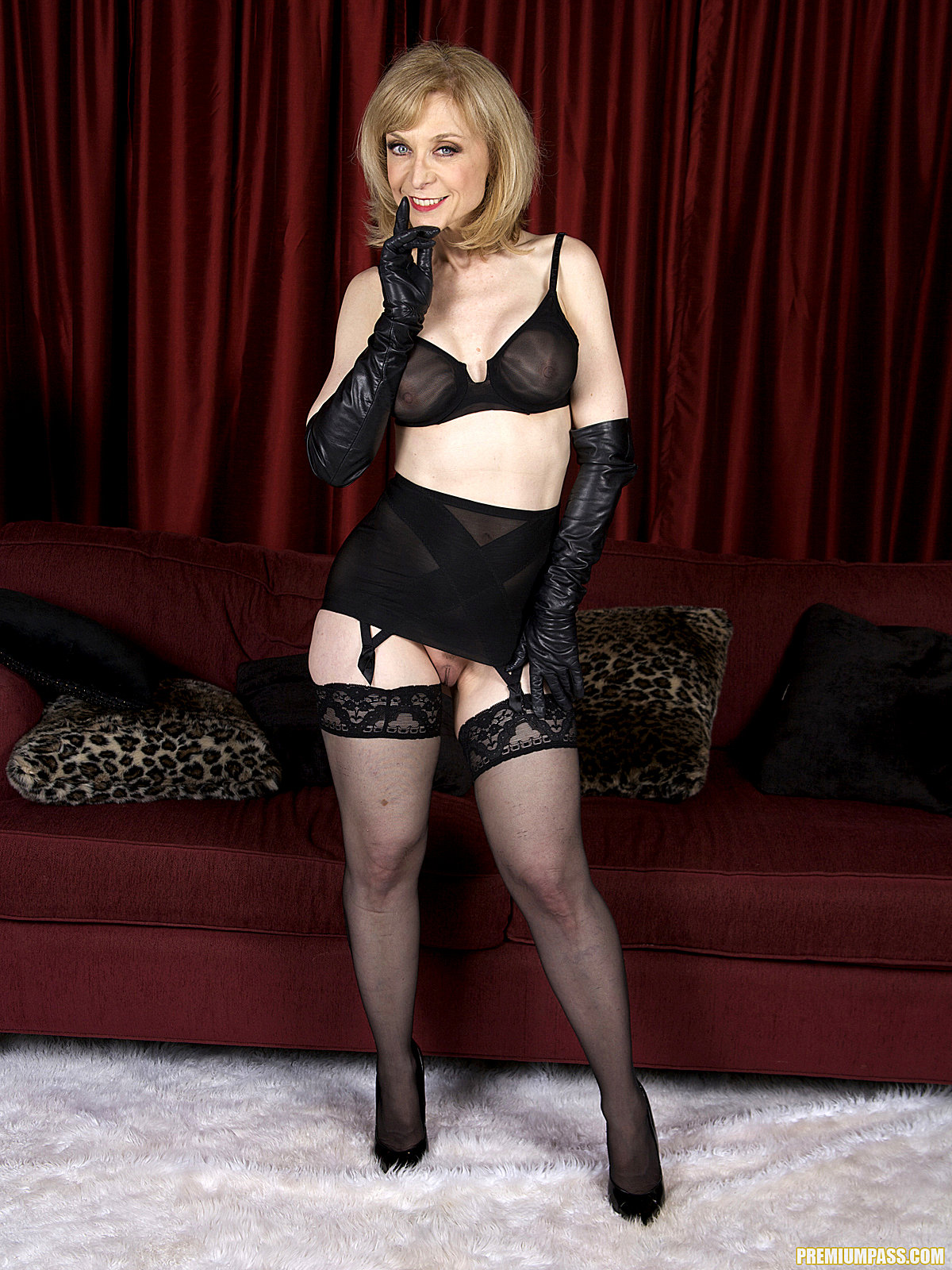 Lili Marlene Nina Hartley