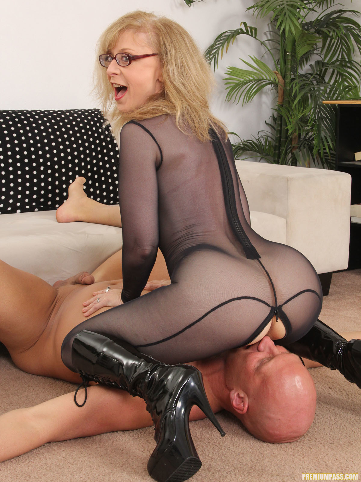 image Simone stephens her first ever blowjob way back