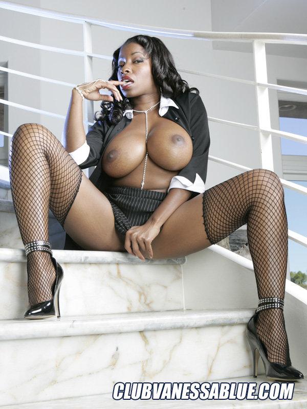 Vanessa blue busty ebony hooker - 2 part 6