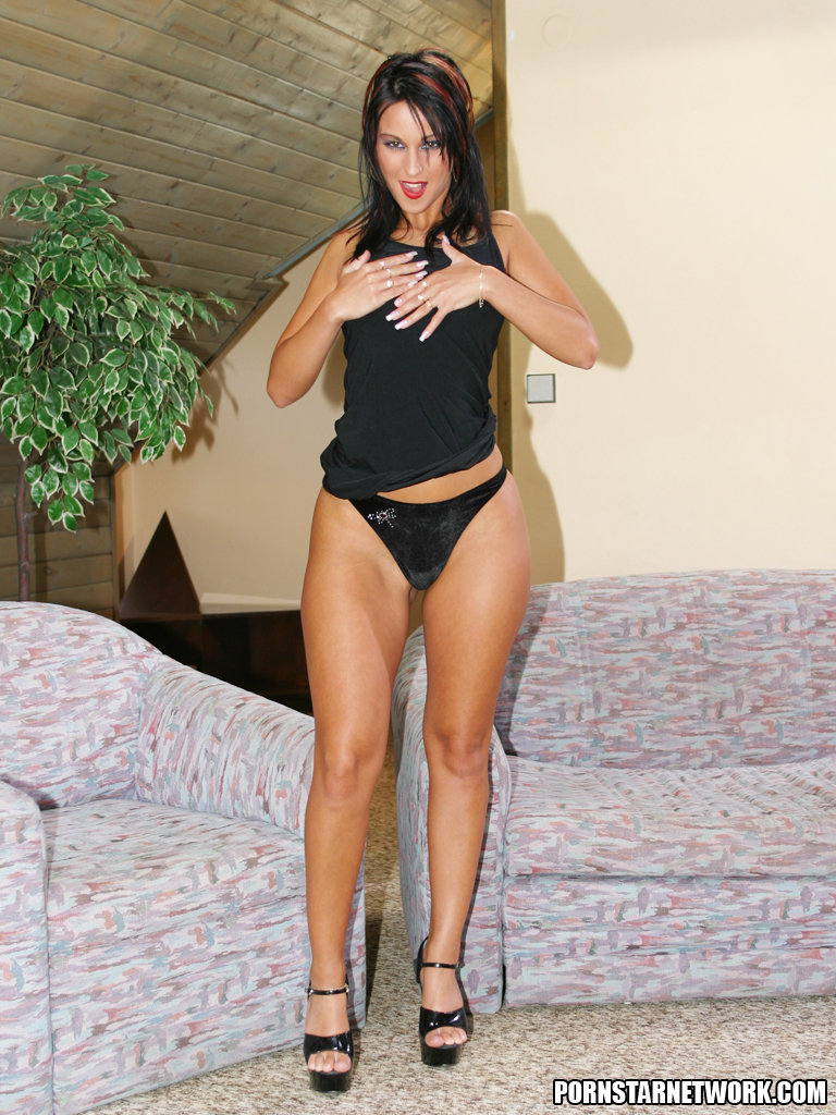 Stupendous pornstar in pantyhose suit Simone Peach gets roughly screwed № 169805 бесплатно