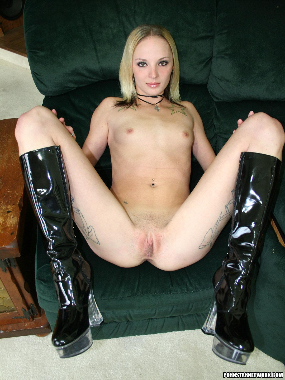 Faye runaway nude, free thick latina bubbles pic thumbs