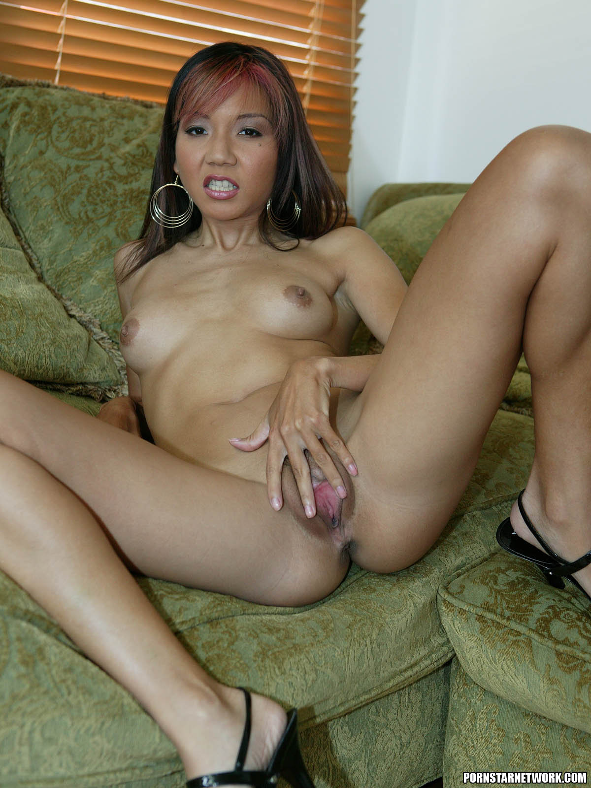 skinny asian keeani lei giving a blowjob 58114