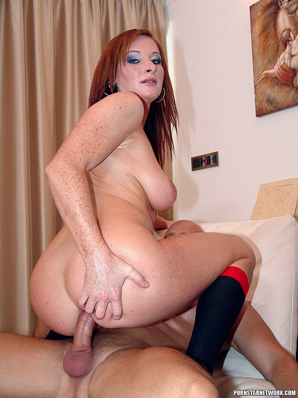 Hot ginger milf fuck