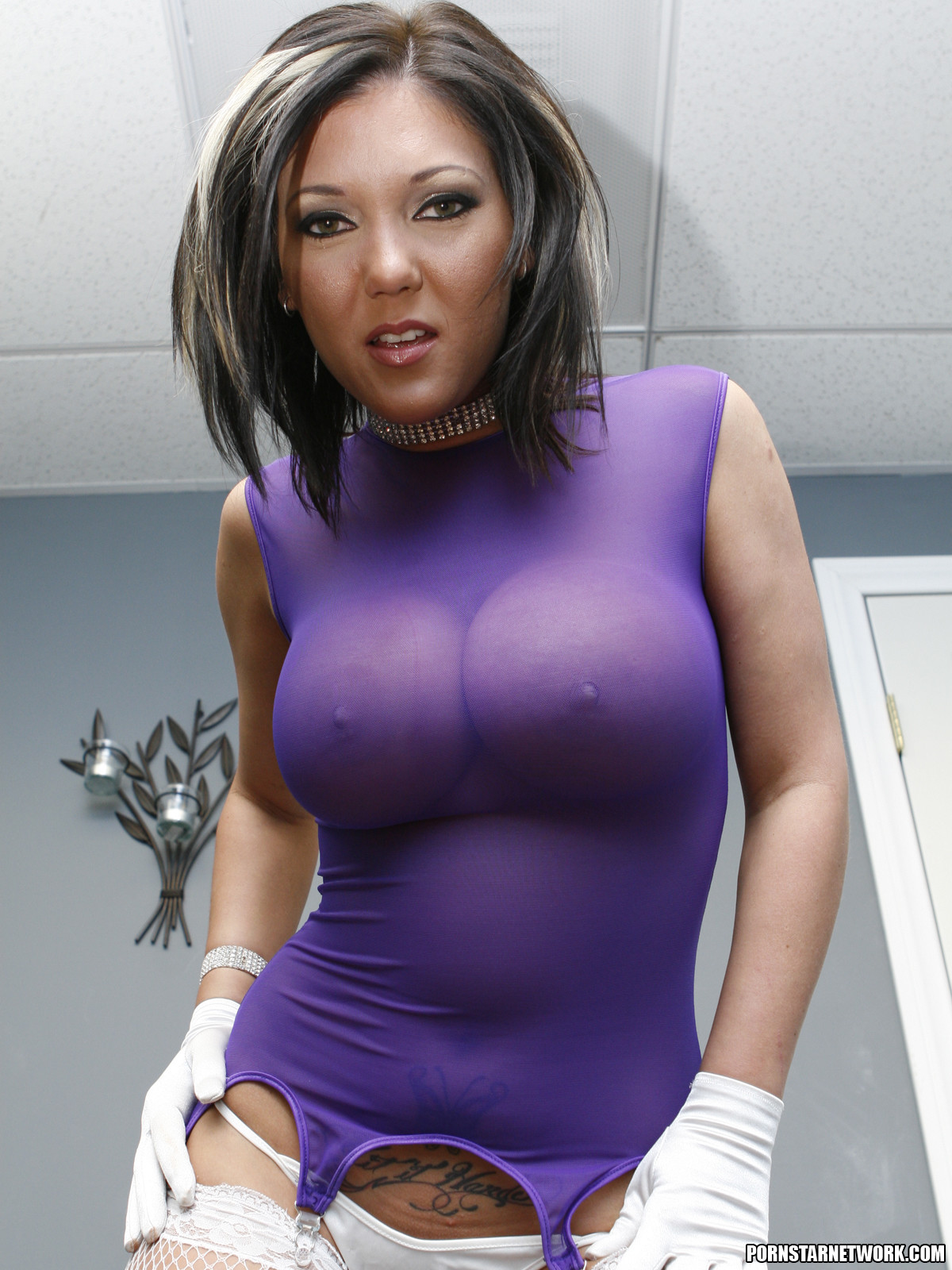 Claire Dames - Milf With Big Tits Needs It Bad 58990-7451