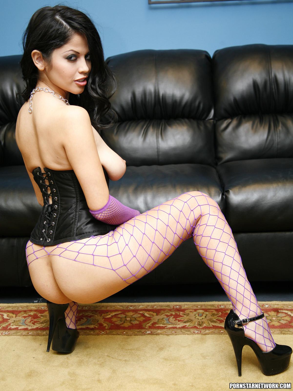 Эмма каммингс порно 3 фотография
