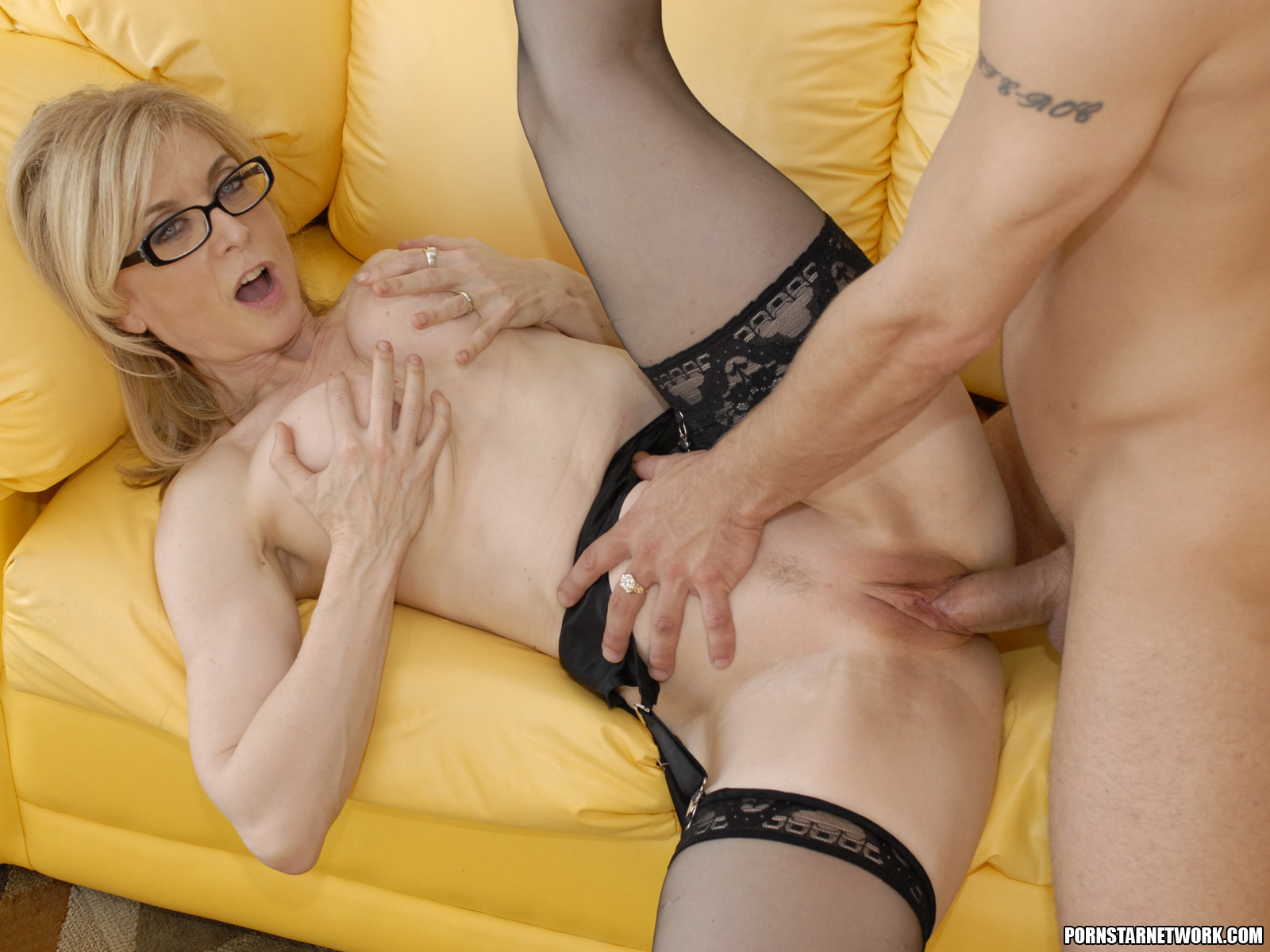 Anal milf nina hartley swallows - 1 4