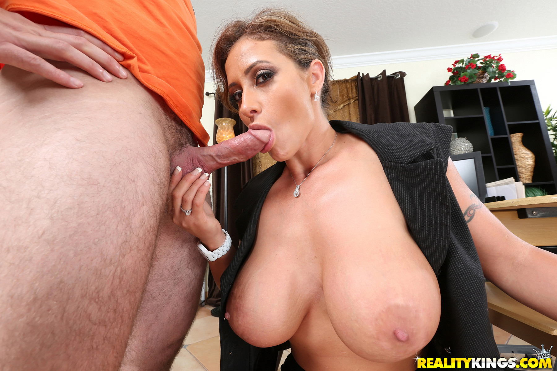 Buxom milf with big boobs loves hardcore fuck with young big dick