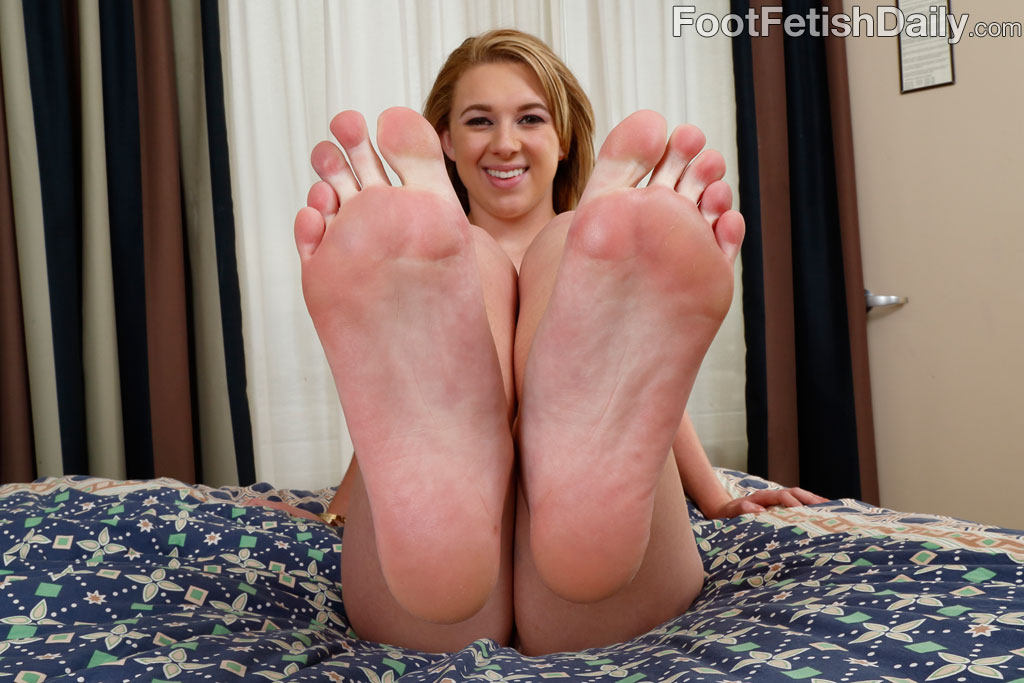 Foot fetish brooke — img 5