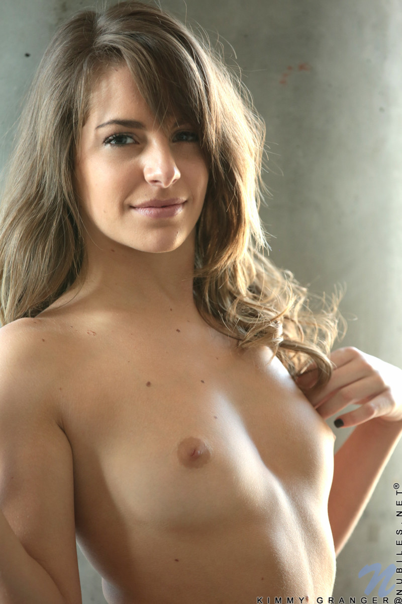Hot milf with huge tits gives massage with happy ending 2