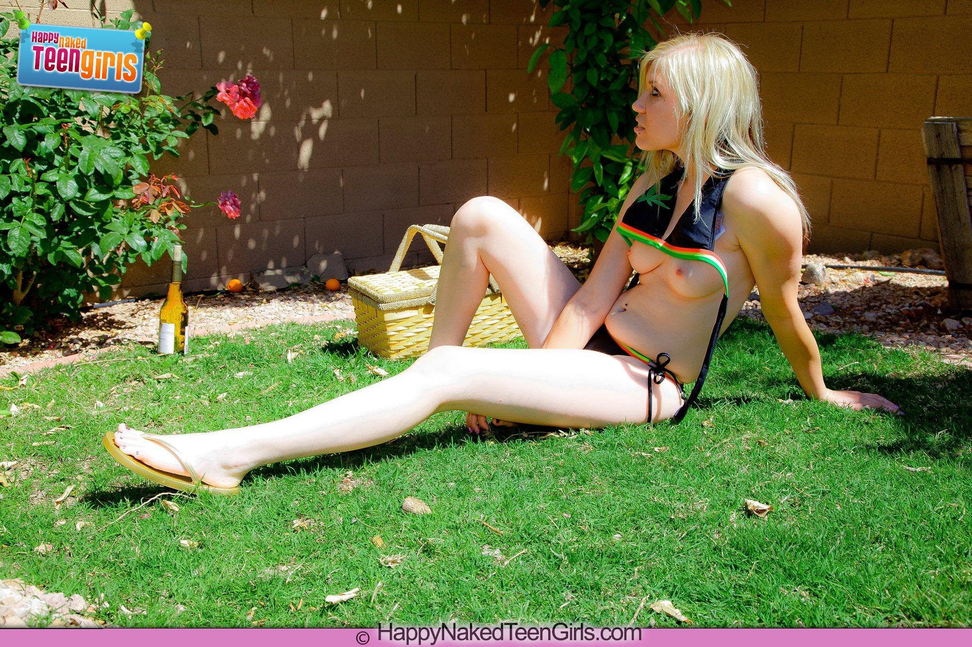 Teens naked in backyard pornstar mon