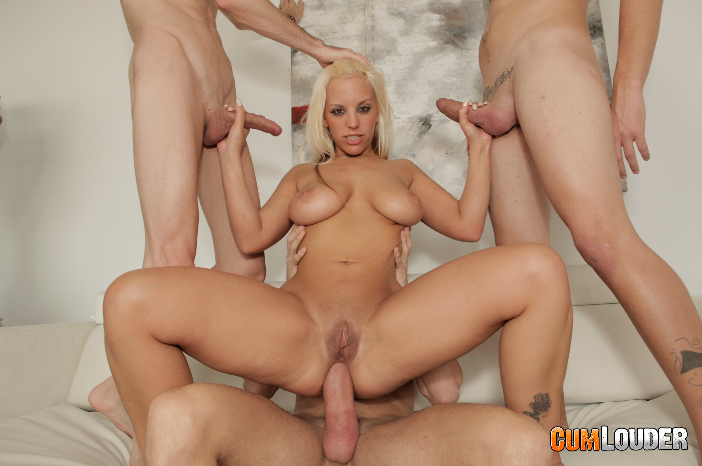 porno-video-s-blondinkoy-fesser
