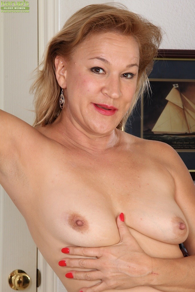 Mature pussy like mature cock