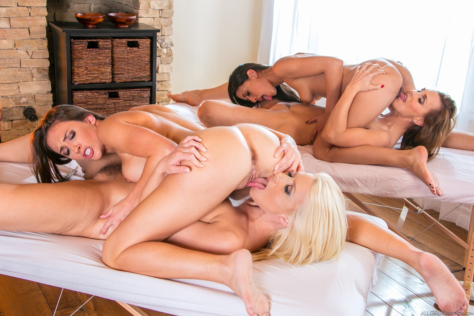 porno-massazh-doch