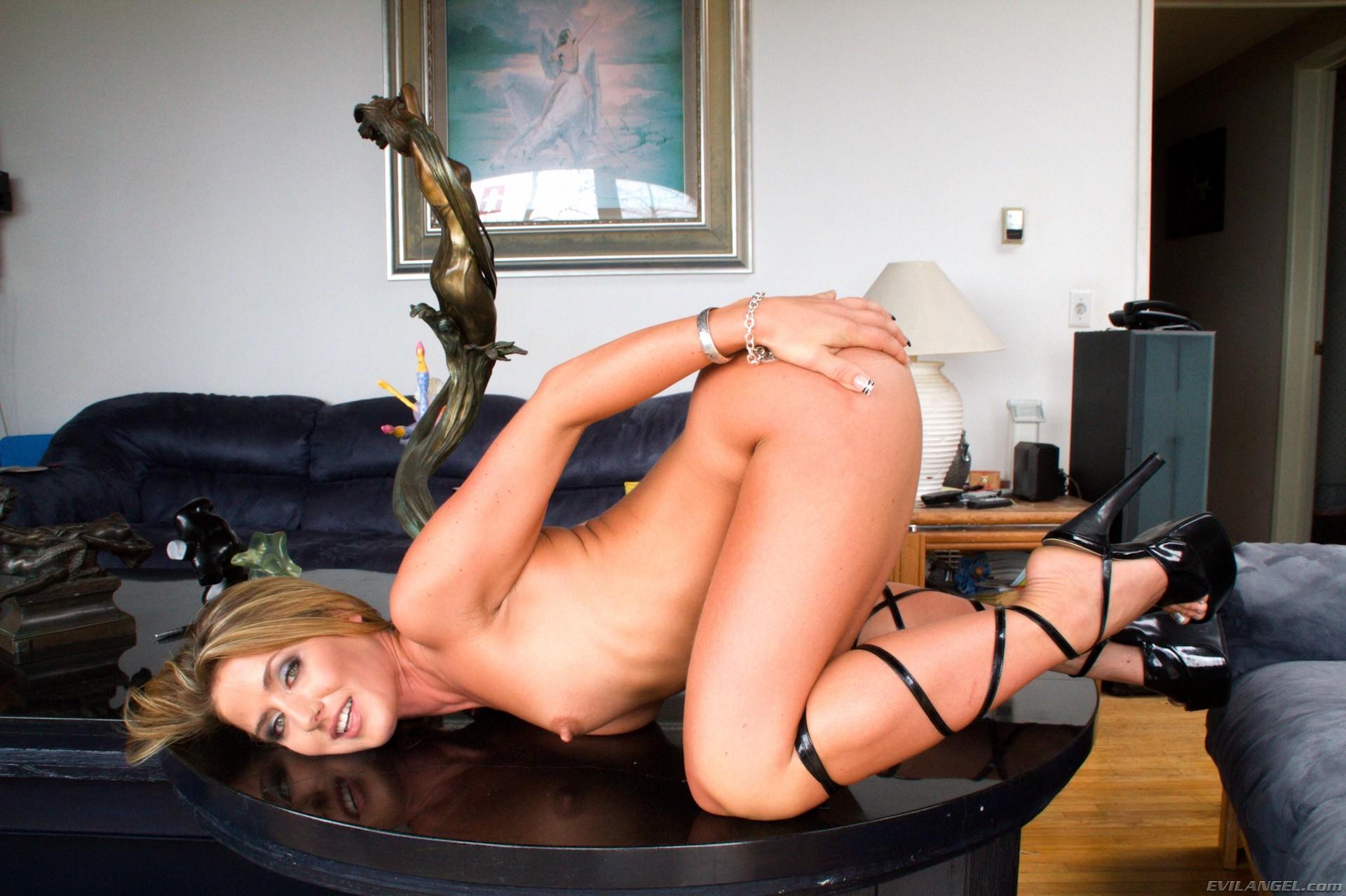 Angel Summers, Sheena Shaw - Buttman Bare Ass  Gapes 9 69899-7172