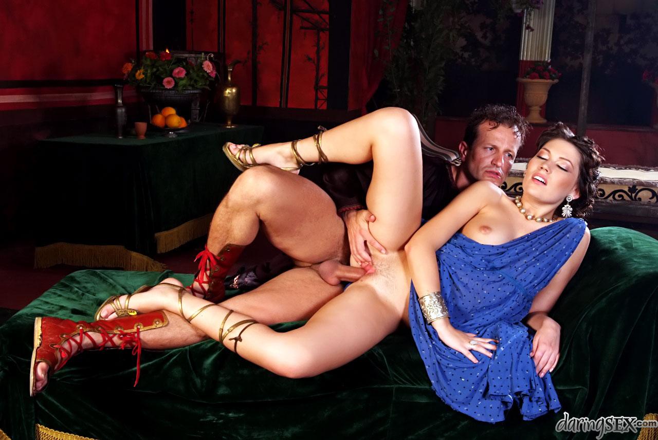 thai massage rønne moden dansk porno