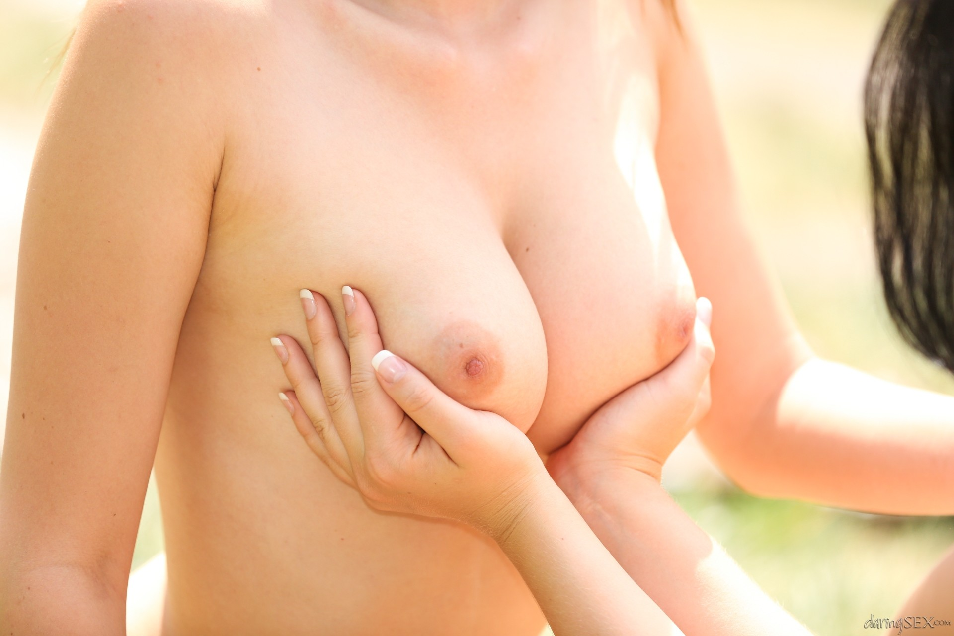 Luci li andie darling outdoor pussy licking