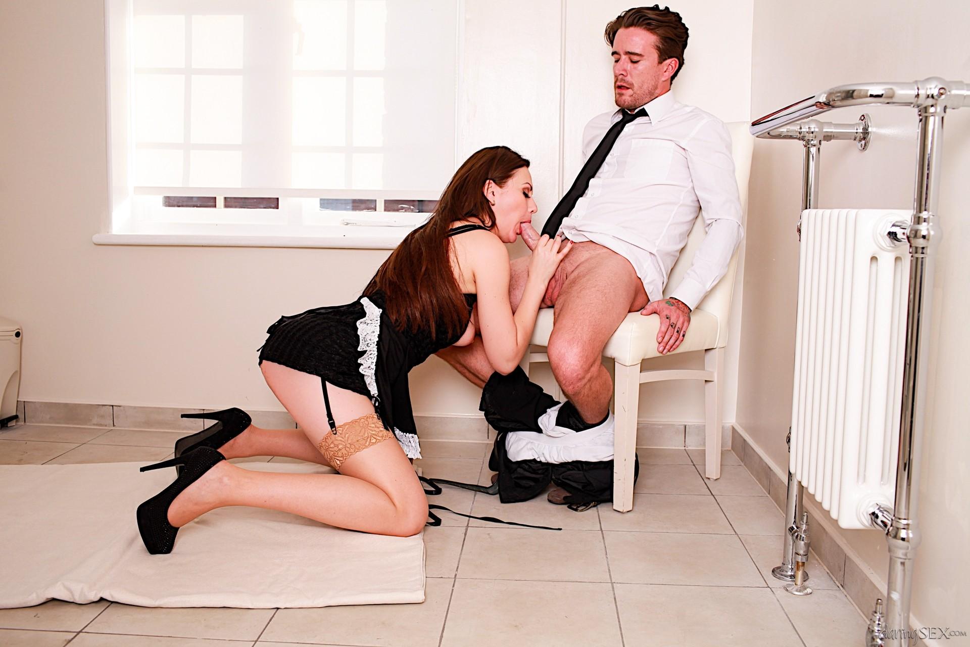 Порно уборщица по вызову, индивидуальное порно фото девушек